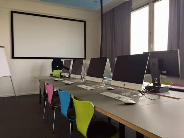 Schulungsraum von grid cad & computer gmbh in München